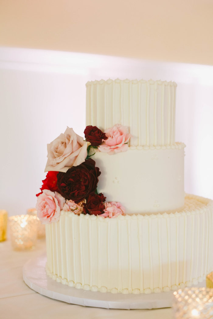 onelove photography michelle chris couture events wedding cake